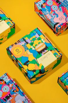 Momo Gift Box on Packaging of the World - Creative Package Design Gallery Toy Packaging, Food Packaging Design, Packaging Design Inspiration, Brand Packaging, Branding Design, Product Packaging Design, Juice Packaging, Custom Packaging, Dragons