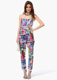 How fun is this jumpsuit?! Super fun, that's how fun.