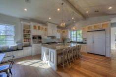 Pricey home: Phoenix home sold for $1,650,000 - abc15.com | ABC15 Arizona