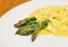 Špargľa s vajíčkovou omáčkou Asparagus, Vegetables, Food, Studs, Essen, Vegetable Recipes, Meals, Yemek, Veggies