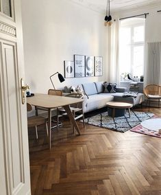 Kates Hygge Home ( Home Furniture Online, Discount Furniture, Elegant Home Decor, Elegant Homes, Budget Home Decorating, Hygge Home, Home Look, Elle Decor, Cool Furniture