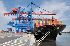 Hafen Hamburg legt Jahresbilanz 2015 vor - http://www.logistik-express.com/hafen-hamburg-legt-jahresbilanz-2015-vor/