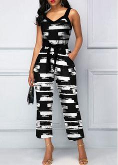 Rosewe / V Neck Wide Strap Printed Jumpsuit Look Fashion, Womens Fashion, Spring Fashion, Jumpsuit With Sleeves, Black Jumpsuit, Printed Jumpsuit, Jumpsuits For Women, Fashion Jumpsuits, Winter Jumpsuits