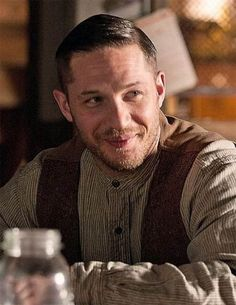 banking haircut Best Tom Hardy Haircut: 46 Most Trending Hairstyles In 2019 Tom Hardy Lawless, Tom Hardy Haircut, Tom Hardy Variations, Tom Hardy Hot, Sir Anthony Hopkins, My Tom, Thing 1, Actors, Gorgeous Men