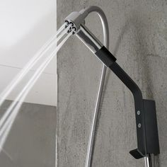 Treemme | abnehmbare Kopfbrause mit Wandarm Serie Nano | 192mm | verschiedene Oberflächen wählbar