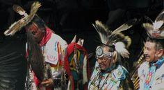 Pow wow Men's traditional - Canada