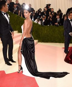 Emily Ratajkowski The Sexiest Women of the 2016 Met Ball Photos | GQ