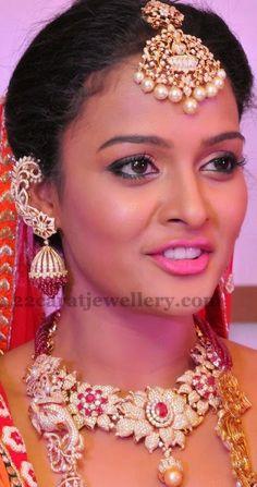 Jewellery Designs: Sonia in Kirtilals Diamond Jewelry
