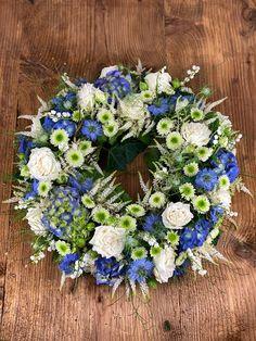 Beerdigung Floral Wreath, Wreaths, Nature, Home Decor, Urn, Floral Crown, Naturaleza, Decoration Home, Door Wreaths