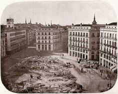 Puerta del Sol near to the end of the reform, 1862 Best Hotels In Madrid, Foto Madrid, Madrid Travel, Old Pictures, Location History, Trip Planning, City, San Bernardo, Alonso