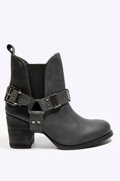 Can't stop thinking about these: Deena & Ozzy Black Ruby V-Elastic Boots