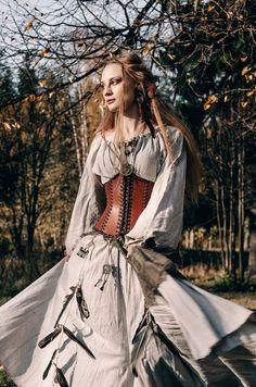 Medieval Dress, Medieval Clothing, Medieval Witch, Viking Dress, Medieval Outfits, Witch Dress, Witch Outfit, Old Fashion Dresses, Fashion Outfits