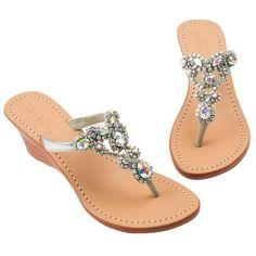 Shoes Flats Sandals, Cute Sandals, Cute Shoes, Me Too Shoes, Wedge Boots, Shoe Boots, Mystique Sandals, Shoe Makeover, Shoe Image