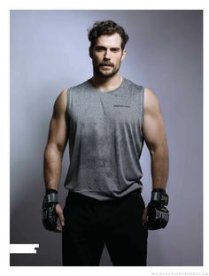Male Fashion Trends: Henry Cavill, todo un hombre de acero para Men's Health UK