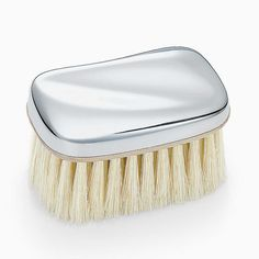 Elsa Peretti® Wave baby brush in sterling silver.
