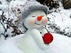 "uniqueblue: ""I love snow ❄💛❄⛄❄💛❄ "" Cute Snowman, Christmas Snowman, Winter Christmas, Christmas Time, Christmas Crafts, Merry Christmas, Christmas Decorations, Xmas, I Love Snow"