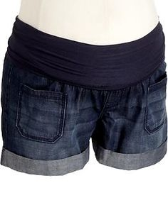 these old navy maternity shorts are super cute!