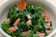 Yom yom yom, Kale Salad w/Grapefruit from http://www.elanaspantry.com/kale-salad-with-grapefruit/