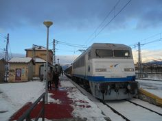 Locomotora Gato Montes del Tren de los Ochenta en El Espinar.
