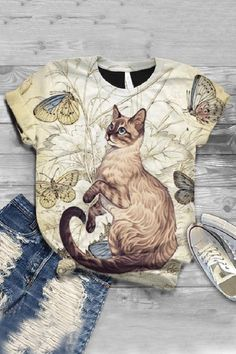 Cat Lover Gifts, Cat Lovers, Order T Shirts, Animal Print Outfits, Vintage Cartoon, Style Vintage, Types Of Sleeves, Short Sleeves, Look Fashion