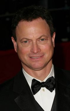 """""""I save money when I'm working so that I never have to take a role simply to pay the bills."""" -- Gary Sinise"""