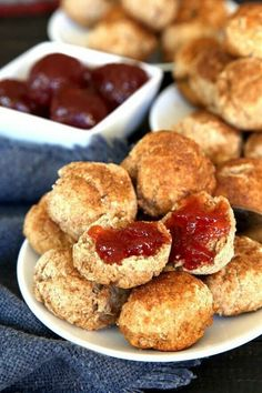 Cinnamon Cookie Biscuits are little two bite snacks that also happen to be adorable. There's a light and fluffy texture and they can be eaten for breakfast or as a snack later in the day. #breakfast #veganbreakfast #vegan #veganrecipes #veganfood #vegetarian #dairyfree #biscuits #brunch #veganinthefreezer via @VeganFreezer