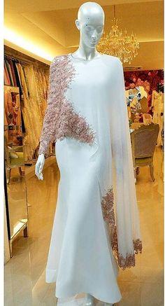 Muslimah Wedding Dress, Muslim Wedding Dresses, Muslim Dress, Bridal Dresses, Hijab Evening Dress, Hijab Dress Party, Evening Dresses, Mode Abaya, Mode Hijab