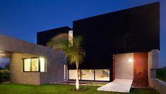 JG House / Speziale Linares Arquitectos