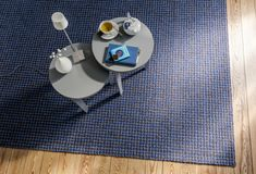 Wie wärs denn mal mit einem leicht gemusterten Teppich? Foto: JAB Home Decor, Homes, Homemade Home Decor, Interior Design, Home Interiors, Decoration Home, Home Decoration, Home Improvement