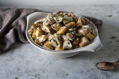 Grilled potato salad A smokier, saltier version of the ubiquitous BBQ staple. Appetizer Recipes, Salad Recipes, Appetizers, Fruit Dressing, Vegan Potato Salads, Seasoned Potatoes, Southern Recipes, Southern Food, Potato Sides