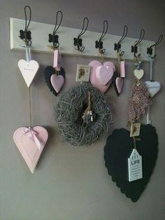 Heart hooks