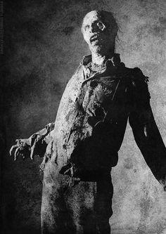 New Walker photo from The Walking Dead season 4