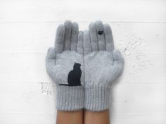 Christmas+Gift,+Cat+Gloves,+Grey,+Bird,+Xmas+Gift+de+Yastikizi+por+DaWanda.com