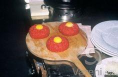 Recept na pravý tatarský biftek je tady! Griddles, Griddle Pan, Pancakes, Breakfast, Kitchen, Morning Coffee, Cooking, Grill Pan, Kitchens