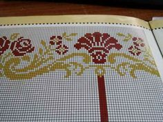 This Pin was discovered by Nez Cross Stitch Designs, Cross Stitch Patterns, Loom Beading, Needlework, Embroidery Designs, Diy And Crafts, Projects To Try, Sewing, Canvas