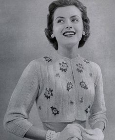 Jacket knit pattern from 21 Bulky Styles Featuring Quick Little Jackets, Book No. by Bernat Handicrafter in Knitting Patterns Free, Knit Patterns, Vintage Patterns, Free Knitting, Free Pattern, Vintage Knitting, Vintage Crochet, Vintage Outfits, Vintage Fashion