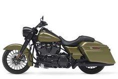 Harley-Davidson Road King Special studio left-side view