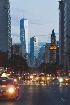 7th ave with new world trade centerbyvisualechoess