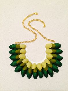 Pistachio necklace // Collar de Pistachos!!