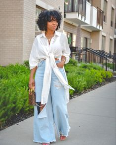 How to wear distressed denim, easy spring outfit idea, easy summer outfit idea, how to wear natural hair, distressed denim, how to wear a white top, sweeneestyle, indianapolis fashion blog Simple Summer Outfits, Spring Outfits, Girls Night Out Outfits, Cute Outfits, Black Girl Fashion, Style Fashion, Fashion Ideas, Fashion Outfits, Summer Tunics
