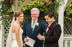 Wedding ceremonies should be fun! #weddingceremony #love #laugh
