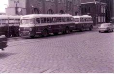 RTM bus met aanhanger bij remise Rosestraat