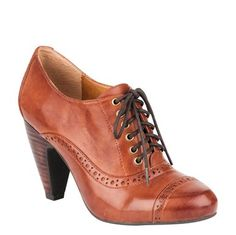 OMG, owned exactly the same pair of shoes over 40 years ago. Am I that old or is fashion just always repeating itself?