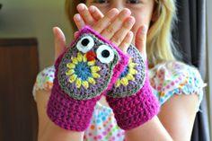 Ahhhdorable Lil' Owl Mittens: free easy #crochet pattern