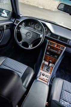 ▬ Mercedes-Benz E-Klasse – und – En Güncel Araba Resimleri Mercedes Auto, Mercedes Benz Autos, Classic Sports Cars, Classic Cars, Best Car Interior, Mercedes Interior, Mercedez Benz, Benz S, Merc Benz