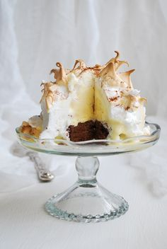 Baked Alaska seems to be one of those desserts that can create the wow factor at any time of the year. At itsheart there is the melting mass of ice cream that makes it lovely for summer soirees, but it's gooey (well, especially in this case) base and oven browned top makes it just as succes