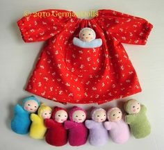Doll dress with mini dolls - my baby girl would LOVE this!!