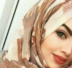 Beautiful Muslim Women, Beautiful Hijab, Beautiful Eyes, Arab Girls Hijab, Muslim Girls, Dps For Girls, Hijabi Girl, Islamic Fashion, Girls Dpz