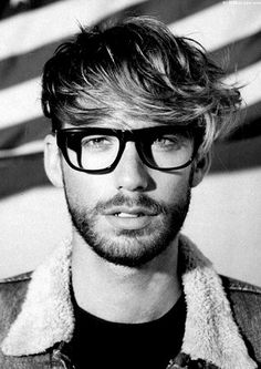 men's glasses and haIrstyles