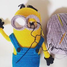 fiosdaisis Ainda nos detalhes... Pois eles é que fazem a diferença! #crochet #handmade #ganchillo #artesanato #crochetaddict #yarn #instacrochet #crochetersofinstagram #croche #crocheting #yarnaddict #feitoamao #crochetlove #craftastherapy #amigurumi #semprecirculo